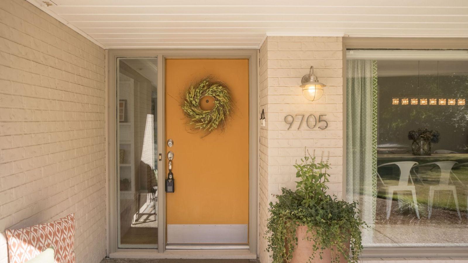 9705 SW Arborcrest Way