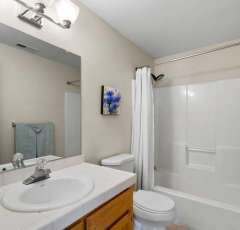 4962-Harvard-Ct-Lake-Oswego-OR-small-038-040-4962-Harvard-Ct38-666x444-72dpi